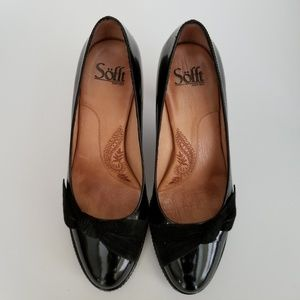 Sofft Black Patent Leather Bow Pumps